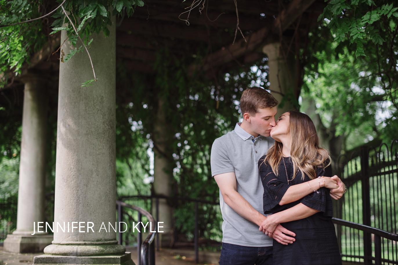 jennifer and kyle kissing in schiller park